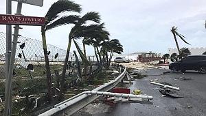 Korkulan oldu! Irma Kasırgası ABD'ye ulaştı