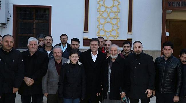 AK Çayırova, mehmetçiğe dua için toplandı