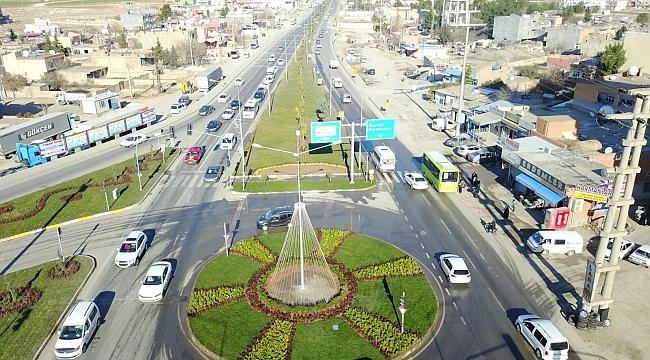 Mardin yolu Büyükşehir'le renkleniyor