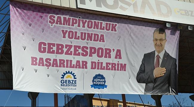 Başkan Köşker'in pankartı yenilendi