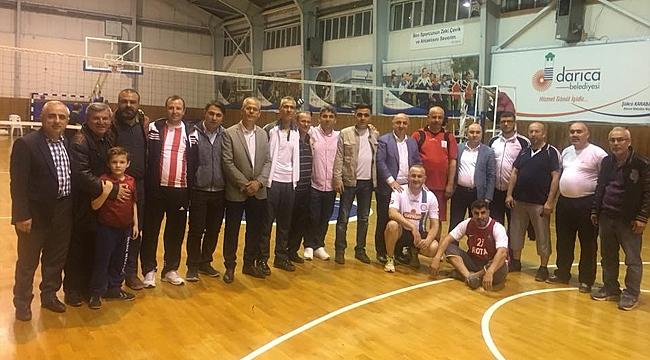 AK Parti Darıca teşkilatları  turnuvada ter döküyor
