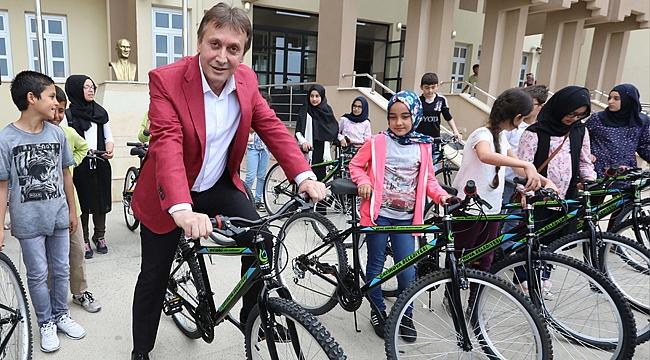 Çayırova Belediyesi'nden 4 Bin 760 bisiklet