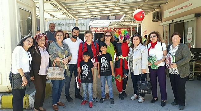 CHP'lİ kadınlar çocukları unutmadı
