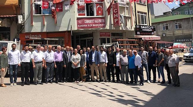 CHP'li gençler bayramda da durmadı
