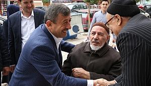Karabacak Osmangazi esnafını ziyaret etti
