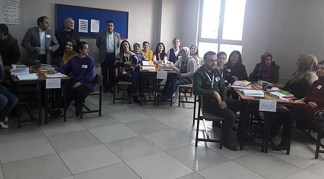 Öğretmenler seminerde buluştu