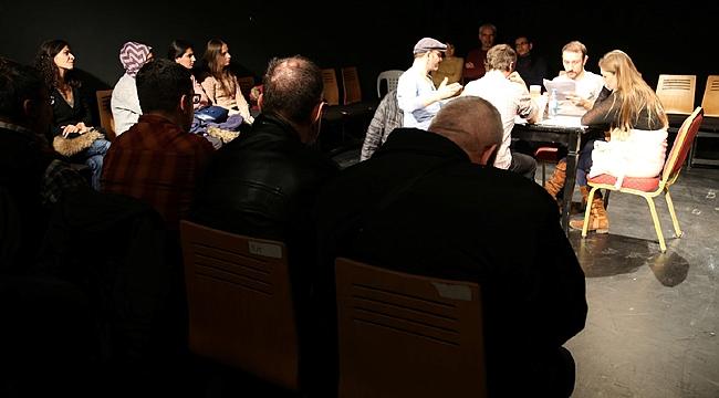 'Okuma Tiyatrosu'na özel seyirci