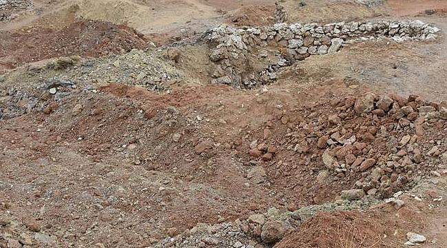 Musul'da kadın cesetlerinin olduğu toplu mezar bulundu