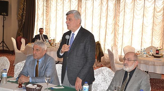 İbrahim Karaosmanoğlu helallik istedi