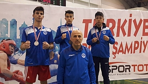 Kağıtspor'lu boksörler 3 madalya kazandı
