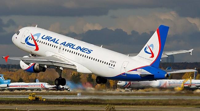 Rus uçağında bomba paniği