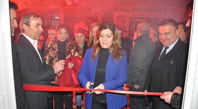 Serap Çakır'a coşkulu karşılama