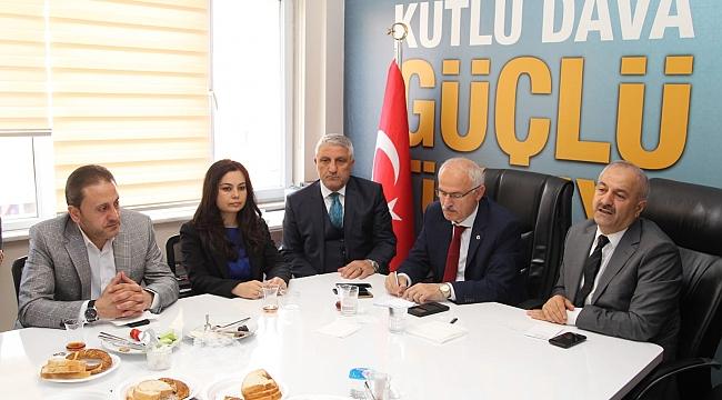 Zinnur Büyükgöz, belediyenin borcunu açıkladı