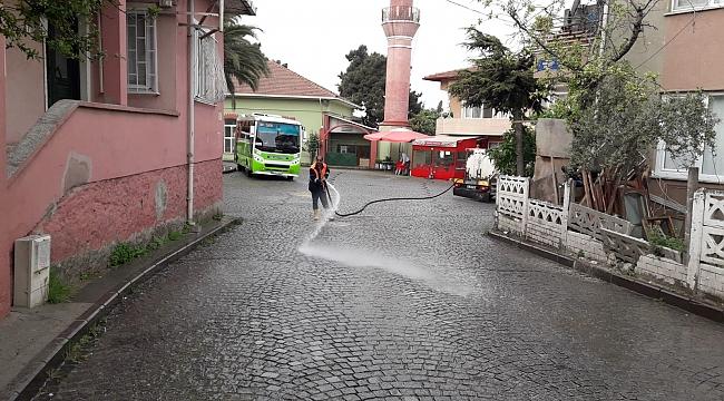 Dilovası'nın caddeleri temizleniyor