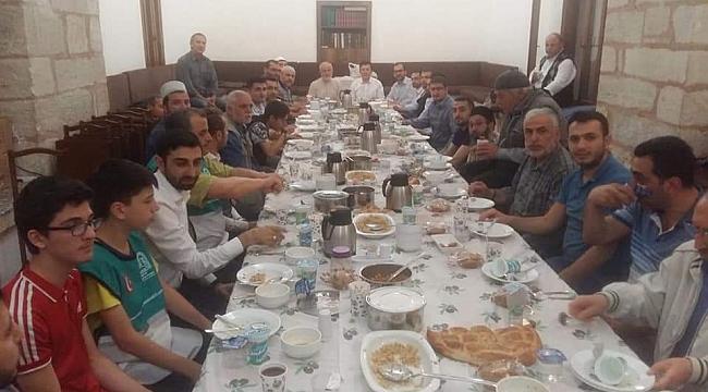 EHAD, Gebze'de iftar yaptı