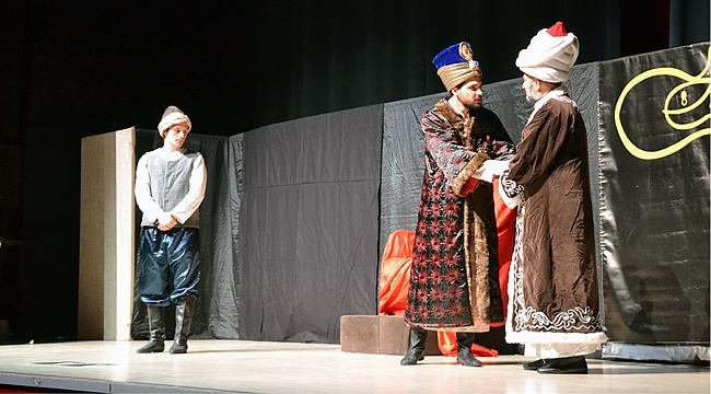 Ülkü Ocakları'ndan fetih tiyatrosu