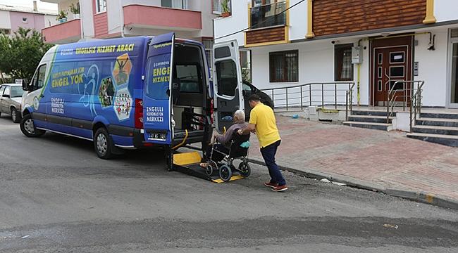 Çayırova'da engelliler yalnız bırakılmıyor