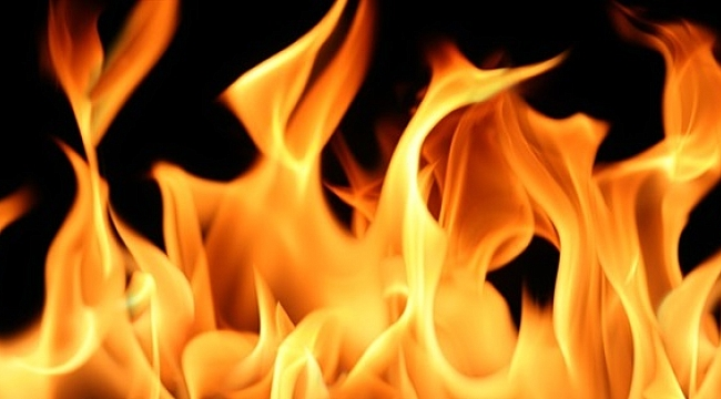 Gebze'deki depo yangını korkuttu