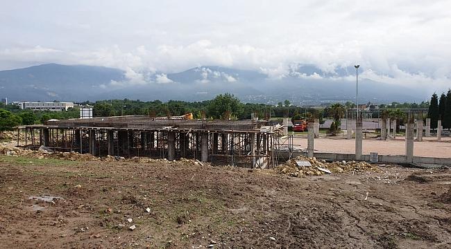 Kültür merkezinin kaba inşaatı tamamlandı