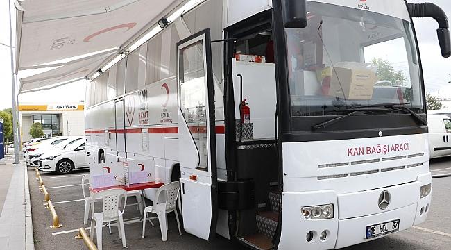 Mobil kan bağış aracı GOSB'da