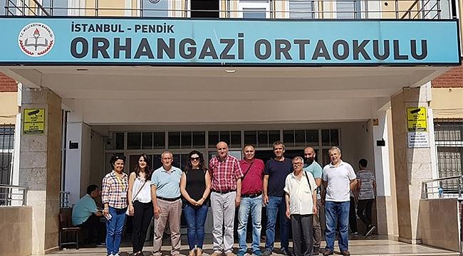 Yılmaz ve ekibi İstanbul'da sandık başında