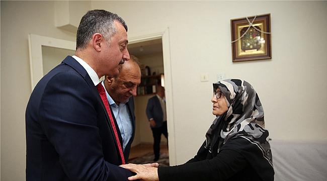 Büyükakın, Edip Zengin'in ailesini ziyaret etti