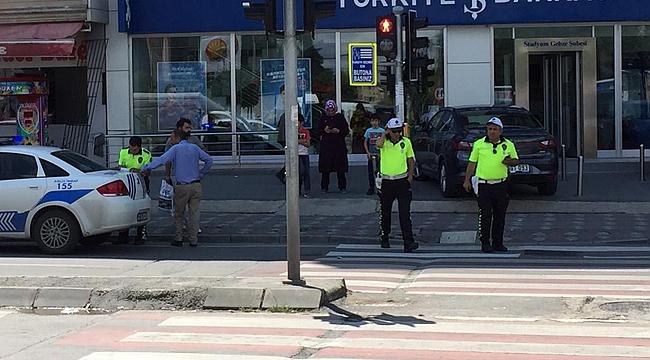 Gebze'de kural tanımayan yayalara ceza!