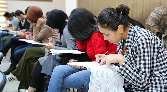 Darıca'da 450 öğrenciye ücretsiz kurs