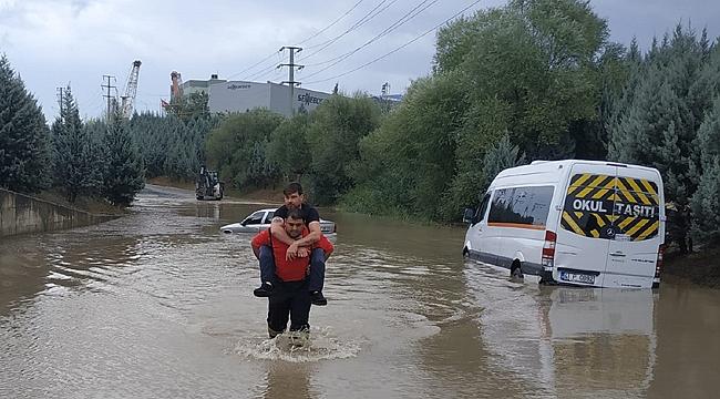 Gebze bölgesinde 15 kişi kurtarıldı