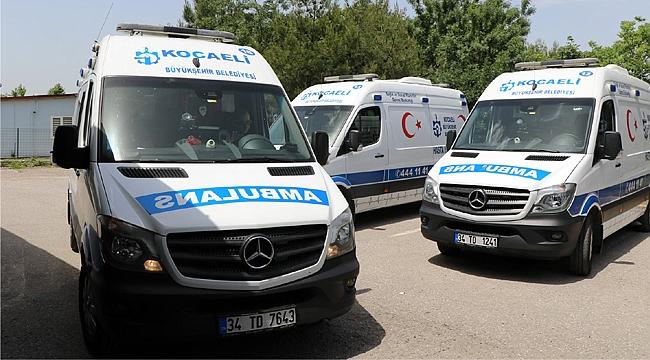 Hasta nakil ambulansları bayramda görev başında