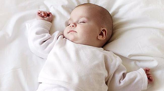 Fazla kıyafet giydirmek bebekleri kızdırabilir