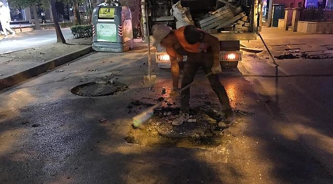 Kocaeli Büyükşehir Belediyesi gece mesaisinde