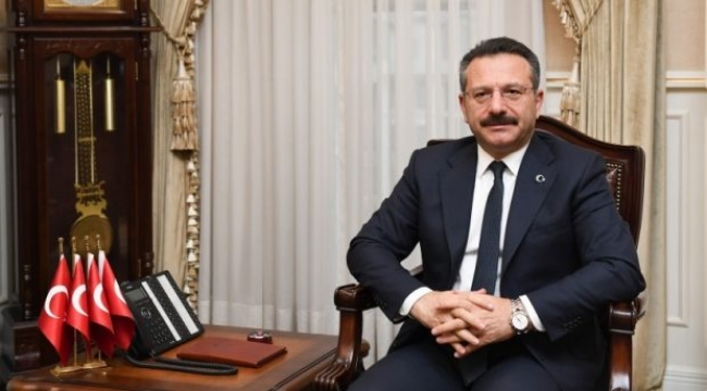 Vali Aksoy, Atatürk'ü rahmetle andı