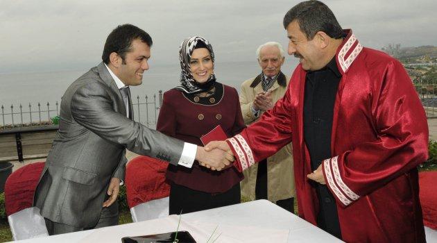 Karabacak 14 Şubat'ta nikah kıydı