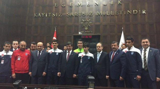 Şampiyonlar Başbakanın huzurunda